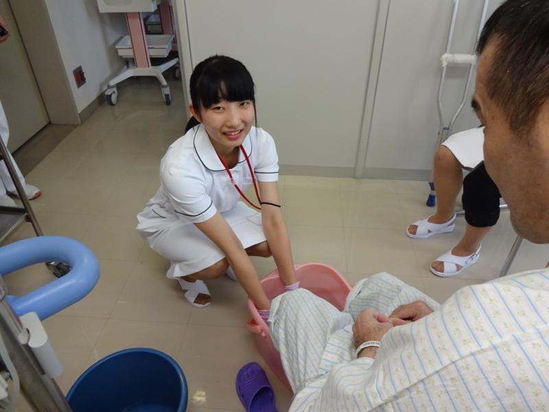 ふれあい看護体験を行いました